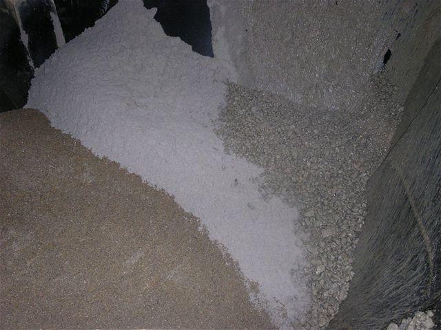 Recyclinggranulaat in de beton menger
